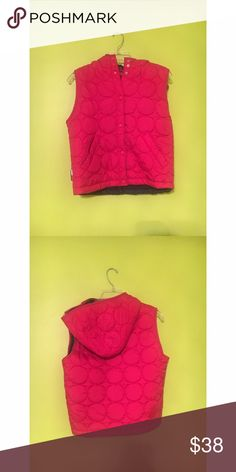 Tommy Hilfiger Hooded Puffer Only worn twice. Sz Medium. Excellent condition. It's red, just shows a bit pinkish in photos. Feel free to make an offer 💘 Tommy Hilfiger Jackets & Coats Vests