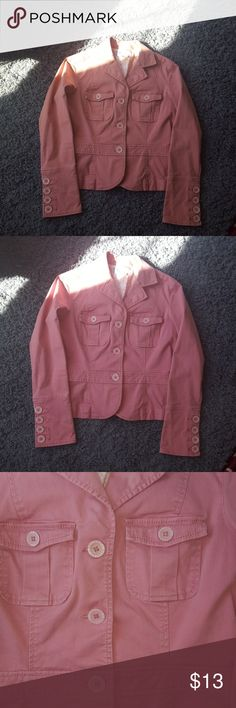 Dockers Button Front Coat/Blazer/Jacket Preloved jacket, but still in good condition.  I would say this material is eight in between chino and jean jacket weight.  I wore as both a  blazer to work and a light spring/fall jacket.  Very versatile!  I would say this color is dusty rose. Dockers Jackets & Coats Blazers