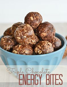 These no bake energy bites are filled with three kinds of chocolate: chocolate peanut butter, chocolate chips and cocoa powder, and come together in just a few quick steps! #recipe #chocolate
