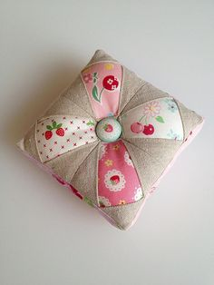 Love my new pincushion. It was my first attempt at paper piecing. Small Cushions, Pin Cushions, Patch Quilt, Quilt Blocks, Quilting Projects, Sewing Projects, Sewing Box, Sewing Kits, Sewing Notions