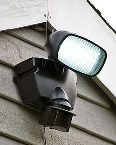 Need a couple of these for the cabin barn & house, to keep meanies away without electricity.