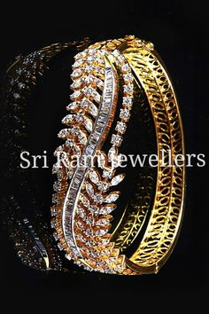 Good things come in small packages, especially when it's jewellery...!! #srj #sriramjewellers #gold #diamonds #silver #platinum #diamond #ruby #emerald #polki #uncutdiamonds #almas #earrings #casual #accessories #goldaccessories #designerjewellery #hyderabad #india #weddingjewellery #bridaljewellery #weddingsutra #wedmegood #weddingcollection #bridalcouture #bridalcollection #indianbride #indianwedding #traditionaljewellery #jewellery #jewelry