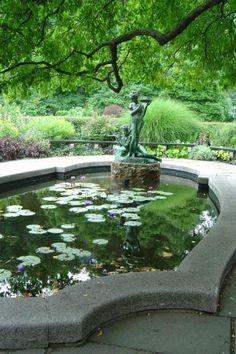 The Conservatory Garden in Central Park, Manhattan - The Only Formal Garden in New York City