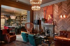 Hotel Collect is a newly renovated, luxury boutique hotel in Budapest downtown. Small Luxury Hotels, Luxury Homes, Budapest Things To Do In, Wicker Chairs, Modern Art Deco, Contract Furniture, Hotel S, Design Furniture, Indoor