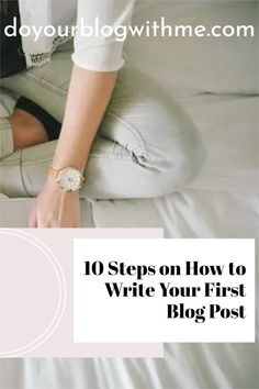 Learn how to write blog posts in only 7 simple steps. This is your ultimate beginners guide to writing a great blog post every single time #blogger #wordpress Make Money Blogging, How To Make Money, First Blog Post, Women Empowerment, Social Media Marketing, Online Courses, Wordpress, Posts, Writing