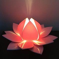 Baby pink lotus flower table lamp