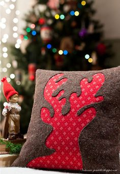 reverse applique reindeer pillow