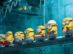 Minions are one of the most loved characters when it comes to animated movies. If you are like me who love watching Minions doing Pa-poy! Amor Minions, Despicable Me 2 Minions, Cute Minions, Minion Movie, My Minion, Minion Names, Minion Rush, Evil Minions, Cartoon Memes