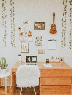 ☆ dm for pic credit ☆ Cute Bedroom Decor, Room Ideas Bedroom, Bedroom Inspo, Dream Bedroom, Study Room Decor, Cute Room Ideas, Girl Bedroom Designs, Aesthetic Room Decor, Cozy Room