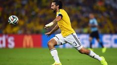 Mario Yepes of Colombia controls the ball during the 2014 FIFA World Cup Brazil round of 16 match between Colombia and Uruguay