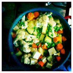 תבשיל ירקות בקארי וקוקוס