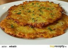 Recipe Křupavé bramboráčky by Veronika learn to make this recipe easily in your kitchen machine and discover other Thermomix recipes in Hlavní jídla - ostatní. Kitchen Machine, Czech Recipes, Potato Dishes, Bread Rolls, Bon Appetit, Quiche, Great Recipes, Food And Drink, Pizza