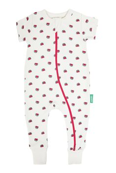 Parade's organic cotton rompers are designed for ultimate comfort & ease. This is our must have zipper style! Quick double zippers allow for easy changes and cuddly comfort. Zip down to dress, zip up for an easier diaper change. Organic Baby Clothes, Sustainable Clothing, Cute Skirts, Baby Grows, Black Romper, Summer Baby, Fitness Fashion, Organic Cotton, Zip Ups