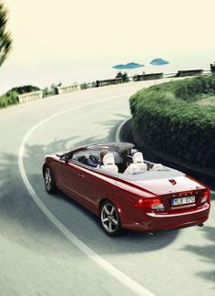 2010 Volvo C70 - Picture | Volvo C70 T5 SE Lux – Specification for this Convertible Car