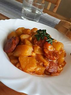 Paprikáskrumpli tarhonyával Petra, Curry, Ethnic Recipes, Sweet, Food, Red Peppers, Curries, Essen, Yemek
