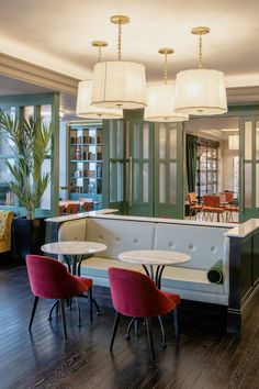 The Green Hotel at St. Stephens Green is Dublin's most central hotel. Book direct with us now and get a free gift with every room! Dublin Hotels, Dublin City, Green, Table, Room, Furniture, Home Decor, Bedroom, Decoration Home