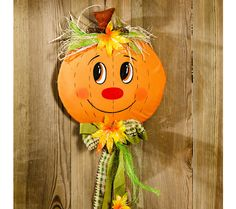 "Dekorace na dveře ""Dýně"" Manualidades Halloween, Halloween Crafts, Autumn Crafts, Holiday Crafts, Diy For Kids, Crafts For Kids, Candy Themed Party, Diy Scarecrow, Diy And Crafts"