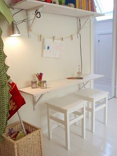 small space kids desk