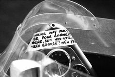 A note left for James Hunt (GBR), McLaren, by his mechanics. Japanese Grand Prix, Fuji, Japan, 24 October 1976. World © Phipps/Sutton