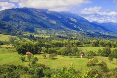 The countryside surround Jarabacoa © Jane Sweeney /Getty Images