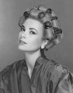 fabulous Grace.... who else can look glamorous in curlers?!
