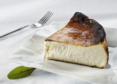 Receta Tarta de Galleta y queso philadelphia con thermomix - postres con thermomix - Thermomix Köstliche Desserts, Delicious Desserts, Dessert Recipes, Best Cheesecake, Cheesecake Recipes, Thermomix Cheesecake, Kneading Dough, Food Safety, Food And Drink