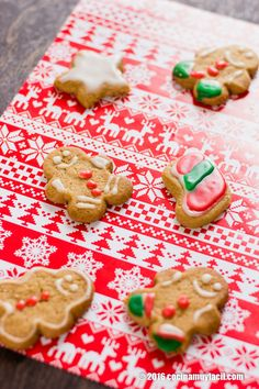 Esta Navidad, comparte con tu familia y amigos estas deliciosas galletas de jengibre http://cocinamuyfacil.com/galletas-de-jengibre-receta-para-navidad/