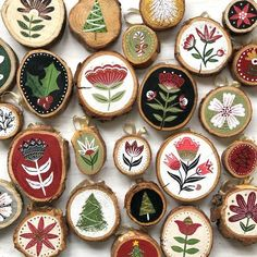 Hand Painted Wood Slice Ornaments Hand Painted Folk Art Floral Wood Christmas Ornaments with Acrylic Paint – On the Mark Designs Hand Painted Ornaments, Wooden Ornaments, Ornaments Design, Christmas Wood, Diy Christmas Ornaments, Family Ornament, Christmas Branches, Beach Christmas, Tree Branches