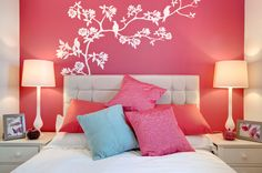 The perfect way to do an accent wall.