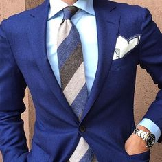 Hues of blue with striped tie and a crisp white #menswear #style #pocketsquare #texture #outfit