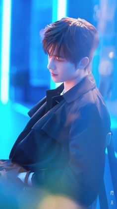 Yang yang as Winmint Handsome Actors, Cute Actors, Handsome Boys, Yang Chinese, Chinese Boy, Chinese Candy, Asian Actors, Korean Actors, The Kings Avatar