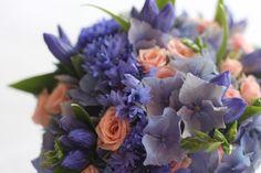 Design by Elina Mäntylä, Valona Florana Blue Wedding, Succulents, Plants, Design, Succulent Plants, Planters, Plant, Planting
