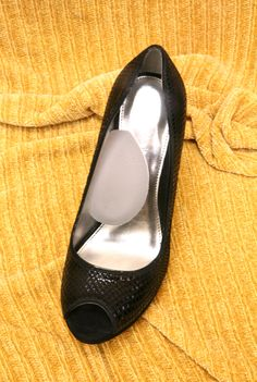 Instant Arches for flats and heels. Supports and cradles the arch of your foot in fashion shoes. They prevent your arch from cramping and takes pressure off the ball of your foot.