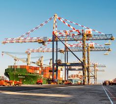 Liebherr - Ship-to-Shore cranes (STS) in South Africa