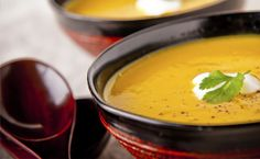 Update your holiday staples with these 5 healthy holiday recipes: butternut squash & carrot soup, vegan garlic & parsnip gravy, smashed potatoes, green beans with olive-almond relish, & roasted beef tenderloin Healthy Holiday Recipes, Best Soup Recipes, Fall Recipes, Favorite Recipes, Dinner Recipes, Healthy Soups, Chili Recipes, Clean Recipes, Yummy Recipes