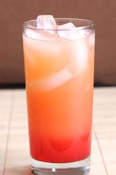 Vodka Sunrise cocktail drink recipe with vodka, orange juice and grenadine.