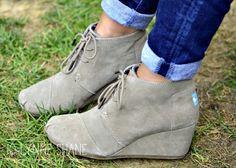 toms-desert-booties-700x501.jpg