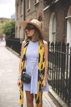 Consejos para vestir en el entretiempo! Muchas ideas en el post de hoy: http://www.myshowroomblog.es/consejos/moda/consejos-para-el-entretiempo/