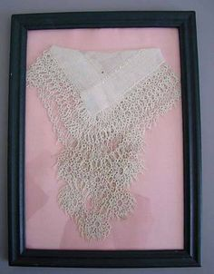 Embroidery Designs, Embroidery Transfers, Vintage Embroidery, Embroidery Stitches, Upcycled Vintage, Vintage Lace, Handkerchief Crafts, Vintage Handkerchiefs, Linens And Lace