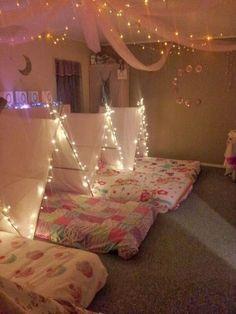 Schlafplätze für eine Übernachtungsparty - sleepover party for girls