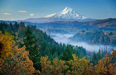 Hood and Hood River Valley Sunrise Photography Sites, Nature Photography, Beautiful World, Beautiful Places, Beautiful Scenery, Amazing Places, Hood River Oregon, Visit Oregon, God Is Amazing