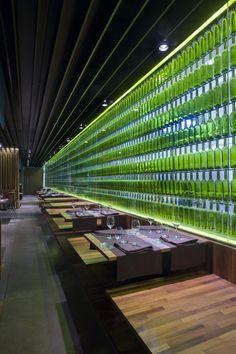 Restaurante El Merca'o; Pamplona, Spain | Vaíllo & Irigaray + Galar; photo: José Manuel Cutillas