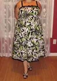 StorkBrokers.com: Spring Floral Print Dress w/ Black Satin Trim, 22W, Women's Wear, $15.00