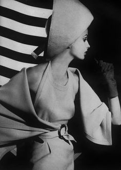 Model Tilly Tizzani in Pierre Cardin. Vogue, March 1962. Photo: William Klein.