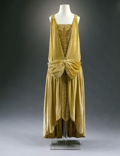 Callot Soeurs evening dress ca. 1927From the Museum für...