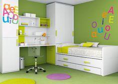 Color verde en decoración de habitación