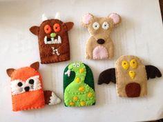 Gruffalo finger puppet set by Sistersnstitchers on Etsy, Felt Puppets, Puppets For Kids, Felt Finger Puppets, Hand Puppets, Gruffalo Costume, Gruffalo Party, The Gruffalo, Kids Crafts, Book Crafts