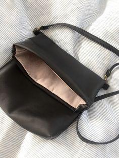 Black fake leather shoulder bag Clutch Bag, Leather Shoulder Bag, Bags, Fashion, Dressmaking, Handbags, Moda, Fashion Styles, Clutch Bags