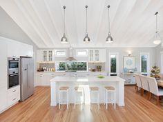 coastal hamptons kitchen Sydney