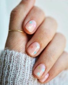 #newyeargoals.... try a new trend!! Love how subtle this trendy star manicure is!!!